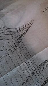 Cap sleeve pattern detail.
