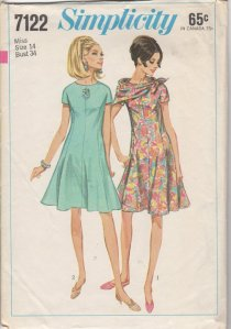 Simplicity 7122, from 1967.